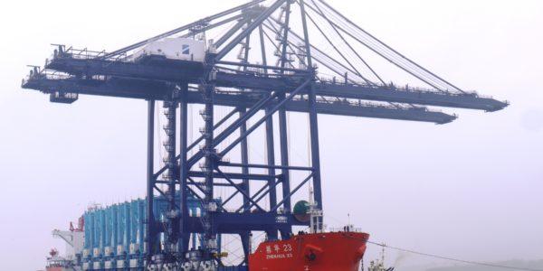 remote control gantry cranes at Port of Felixstowe
