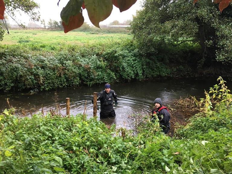 Muntons volunteers help complete River Gipping improvements