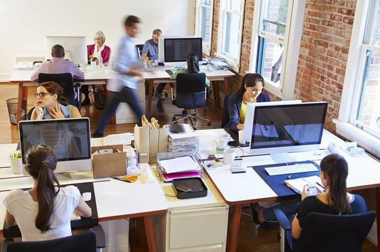 Brits working in offices spend average of 9 hours sitting